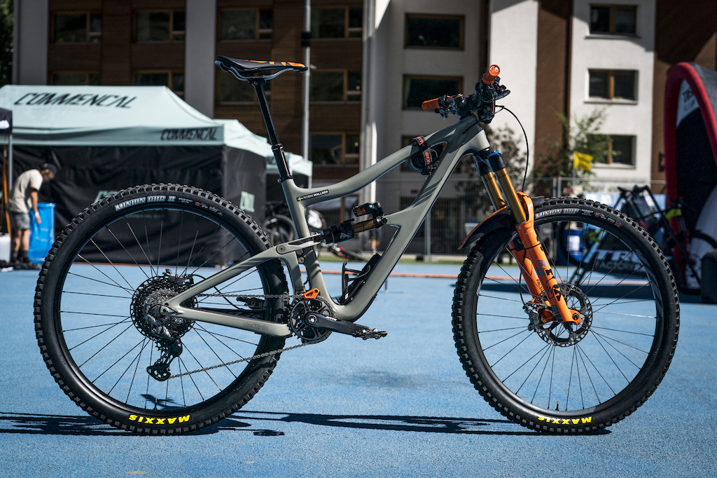 Robin Wallner bike check