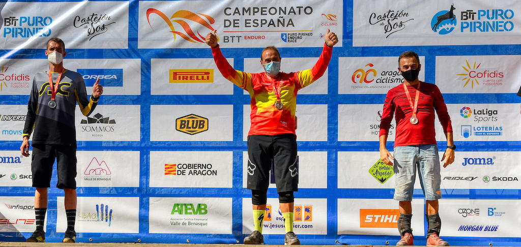 M40B podium