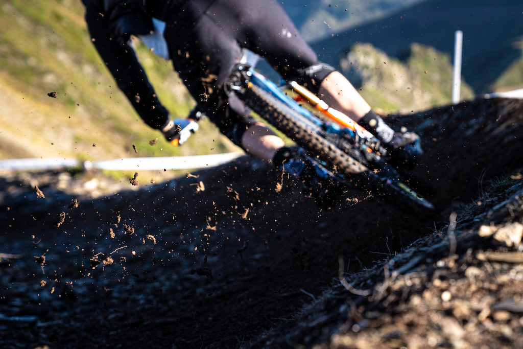 Soft dirt in the berms