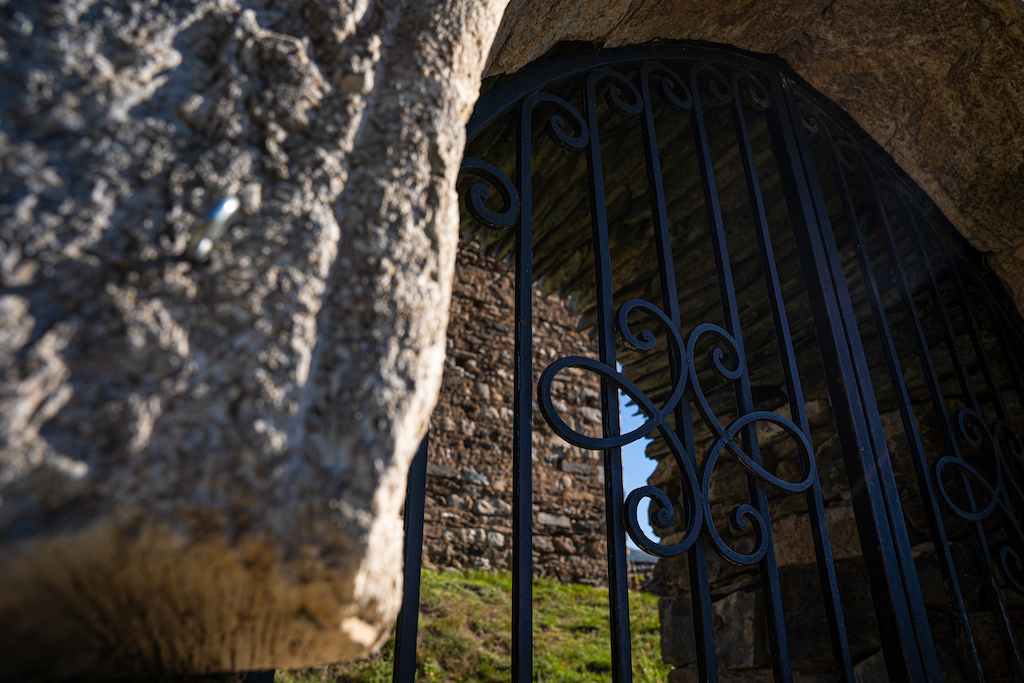 Castel Entry