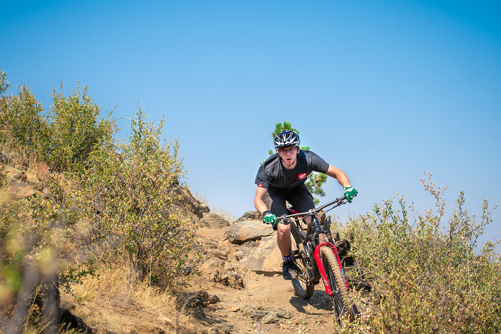 Cy shows us around on the Timber-Kimmons loop and gets close up with his RIP 9 RDO. Images by Nic Rentfrow Grizzly Media.