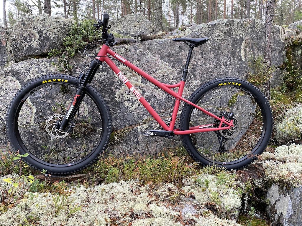 P ssil Bicycles Hamari. 4130 chromoly hardtail.