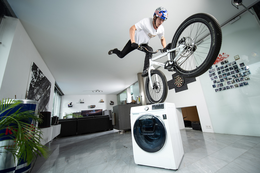 Fabio Wibmer even does the Laundry on his bike