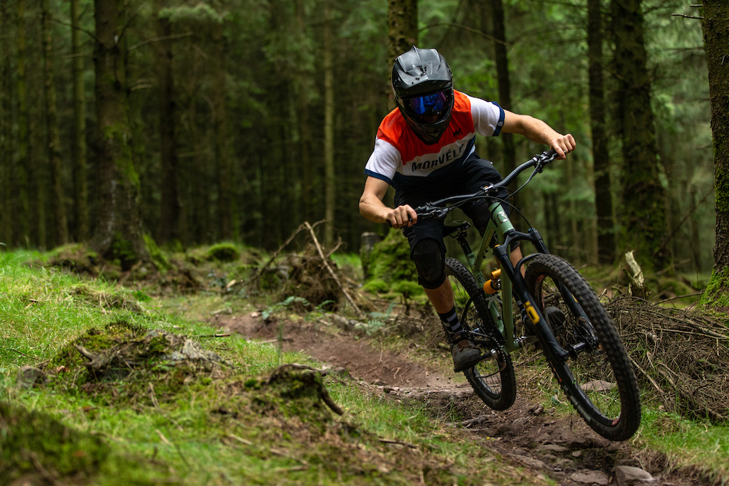 Starling Cycles project - Reece Richards. All images by Dave Price Photo.