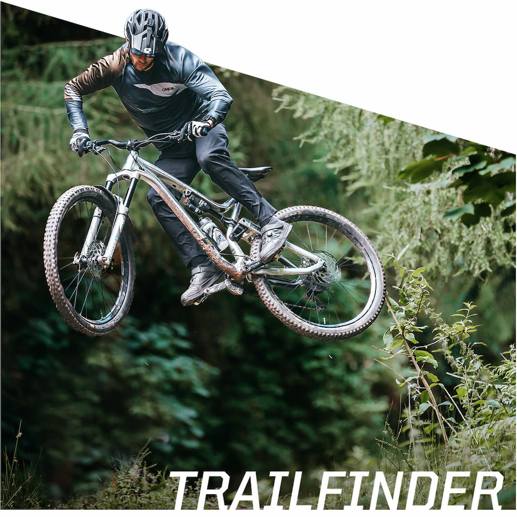 Our World Cup riders Nina Hoffmann and Greg Minnaar have also been wearing our new lighter weight TRAILFINDER PANTS over the last few months again that perfect seasonal cross-over product which is cool enough in warmer conditions yet warm enough when it gets a little chillier all the while offering the great freedom-of-movement that you ll find across the collection. The TRAILFINDER PANTS are also available in Youth sizes.