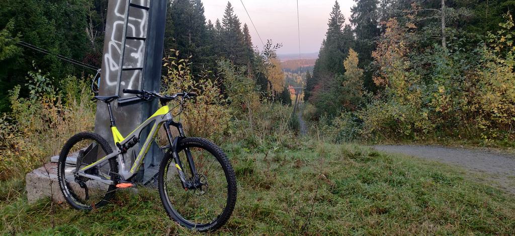 My new trail bike!  Intense Primer 29