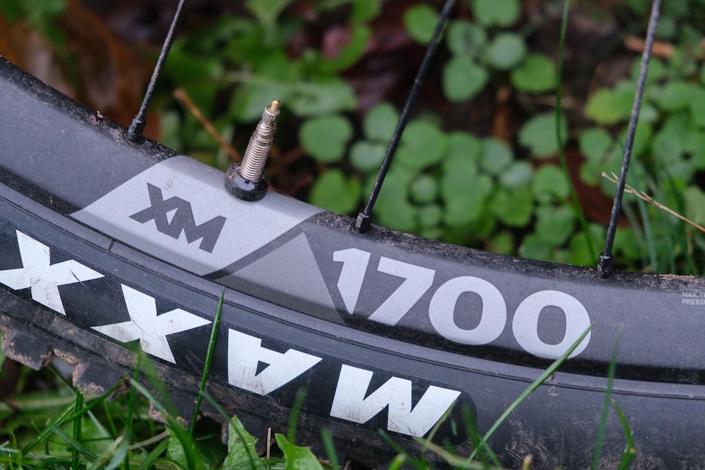 DT Swiss XM1700