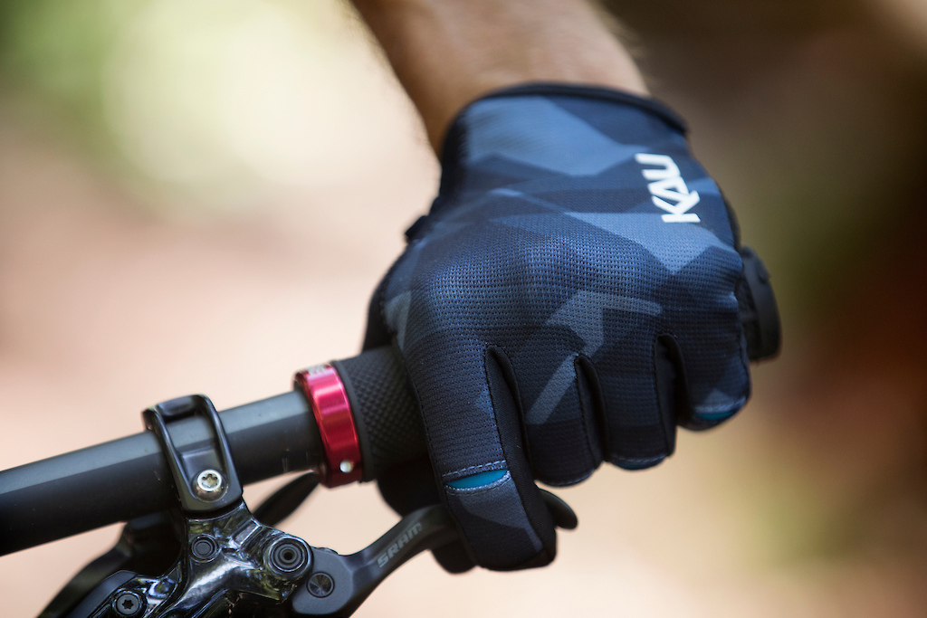 Our all-new Cascade glove is a slip on design for the rider seeking comfort durability and performance.