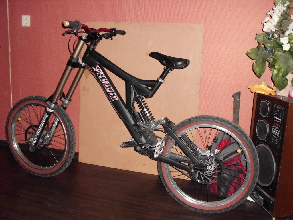 Dan Beast s Specialized Big Hit with Super Monster T s