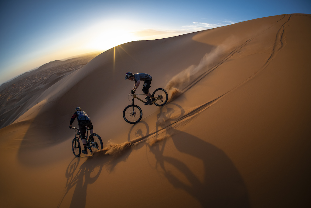 Shortly before Covid hit I went out to the Sahara desert with Olly and Ben to answer that childhood question we ve always asked ourselves. What would it be like to ride down massive sand dunes