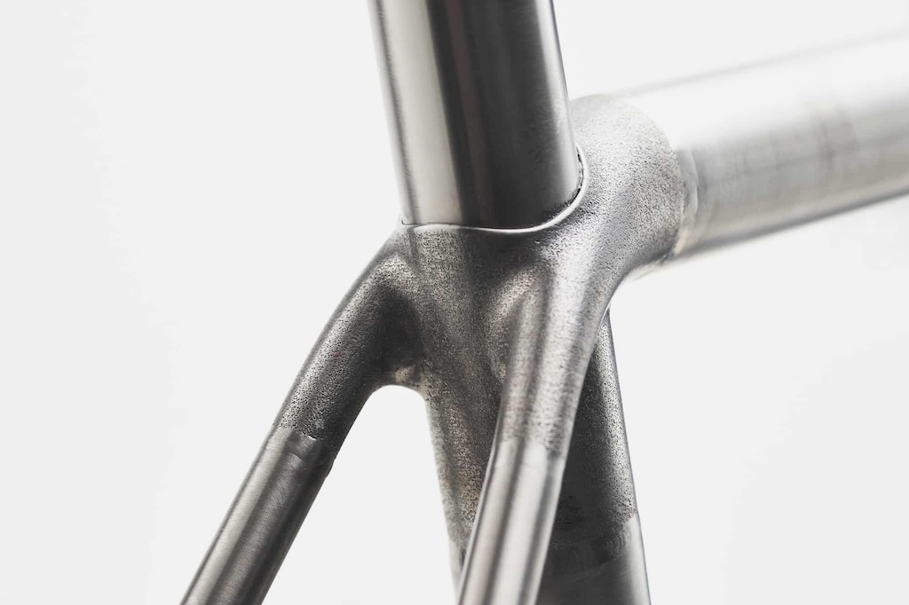 Sturdy Cycles 3D printed titanium tube junctions