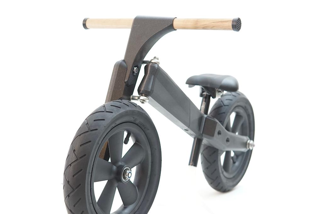 Max Volk s Hutzl Butzl run bike