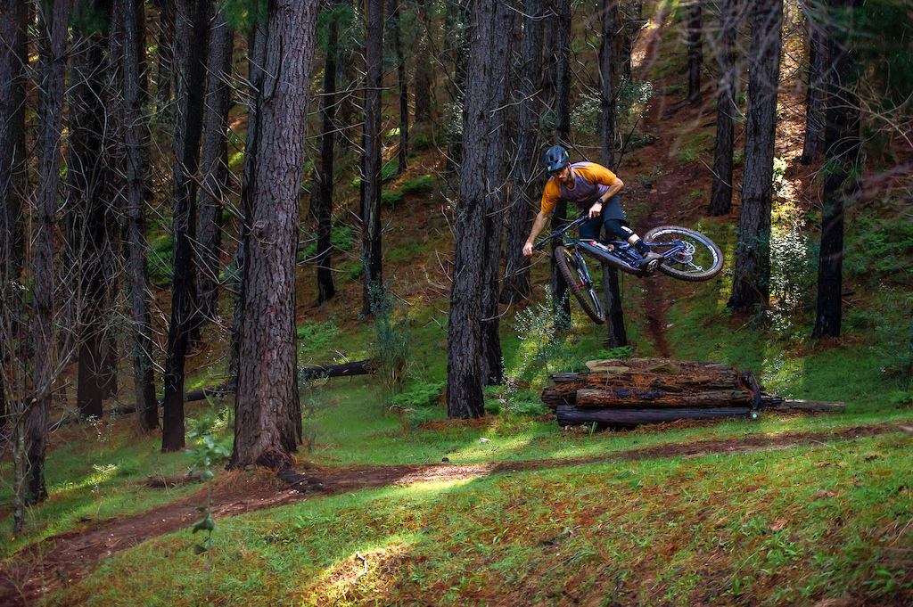 Connor Fearon rides the Remote 160 DL