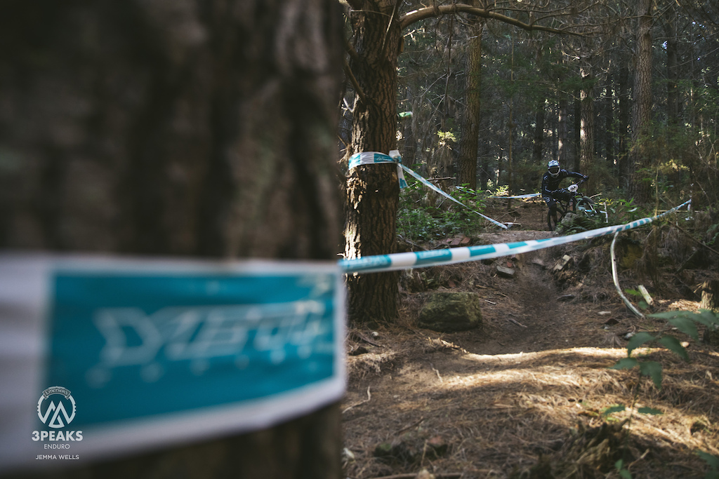 Tony Reddish drops into Stage One of Day One Coronation Street in the Emerson s 3 Peaks Enduro.