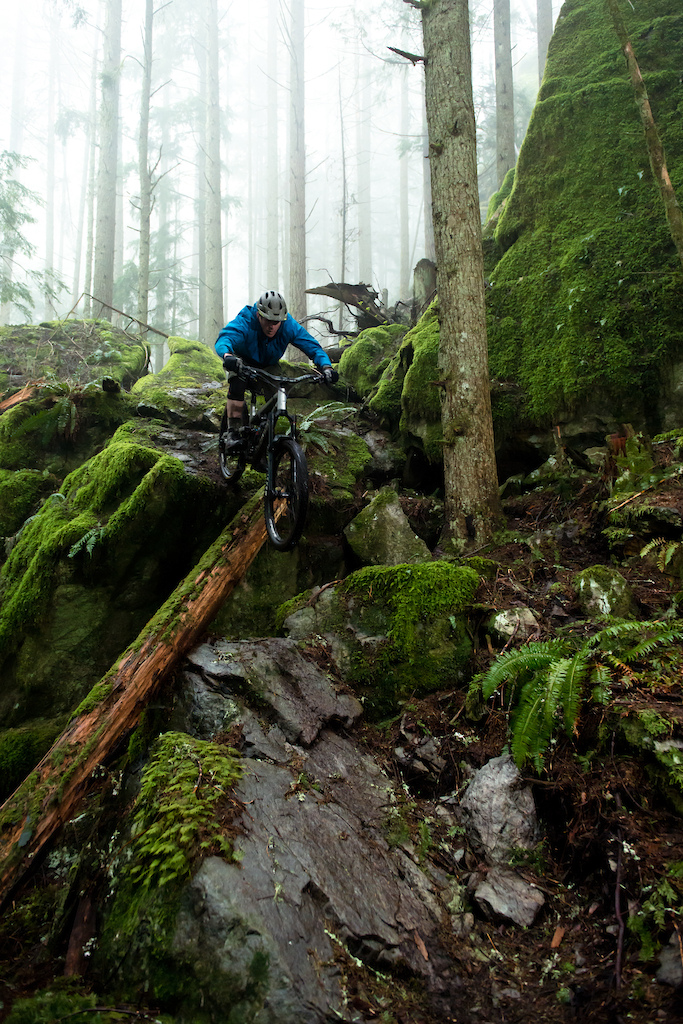 Self-built, self-shot. Always looking for fresh lines in the PNW jungle. Perfectly wet, foggy day!