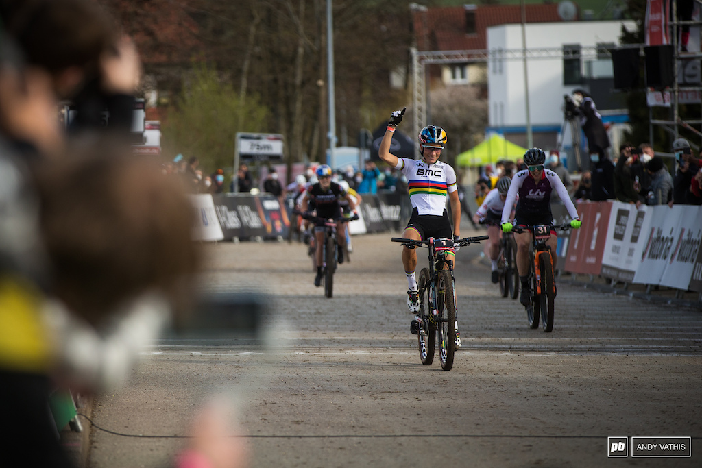 Pauline Ferrand Prevot taking the first XCC of the season. Sunday however is the real test.