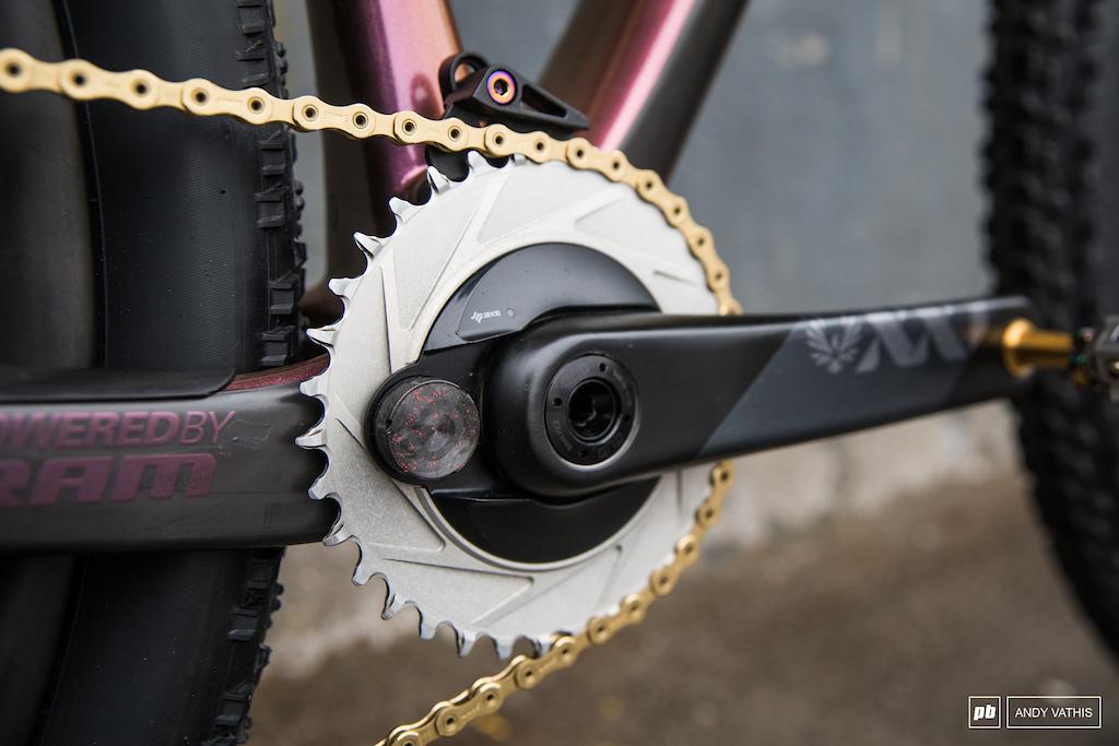 Kate Courtney Bike Check