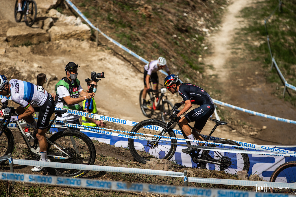Tom Pidcock clawed back 90-something positions and by the second lap was sitting in sixth. He d finish the day one better and on the podium.