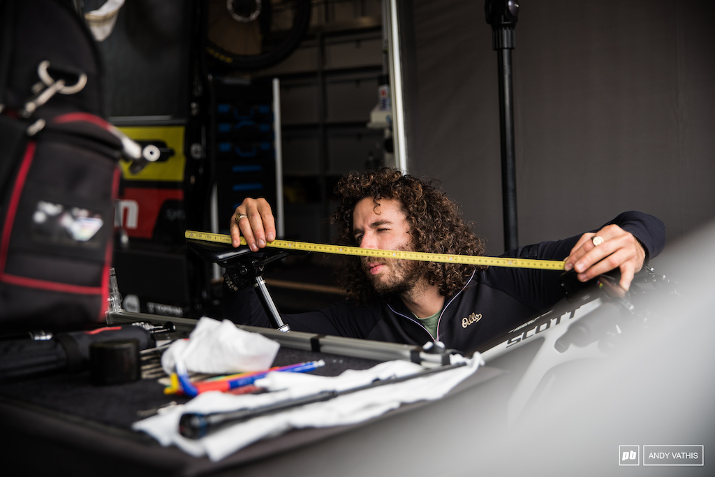 Yanick the mechanic double checking Nino s fit.