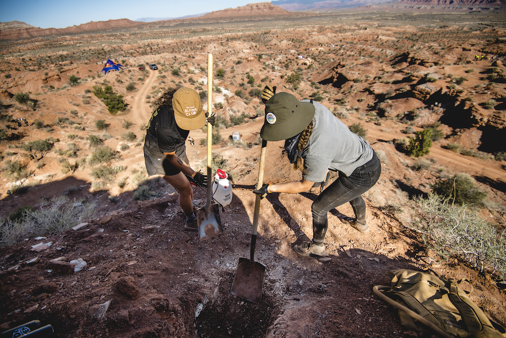 Robin Goomes Vaea Verbeeck create mud to build out a landing at Redbull Formation in Virgin Utah USA on 25 May 2021