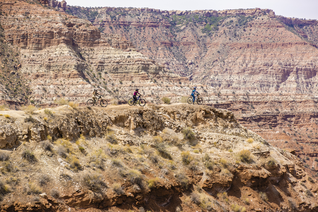 Cami Nogueira Chelsea Kimball and Vaea Verbeeck check out a line at Red Bull Formation in Virgin Utah USA on 29 May 2021.