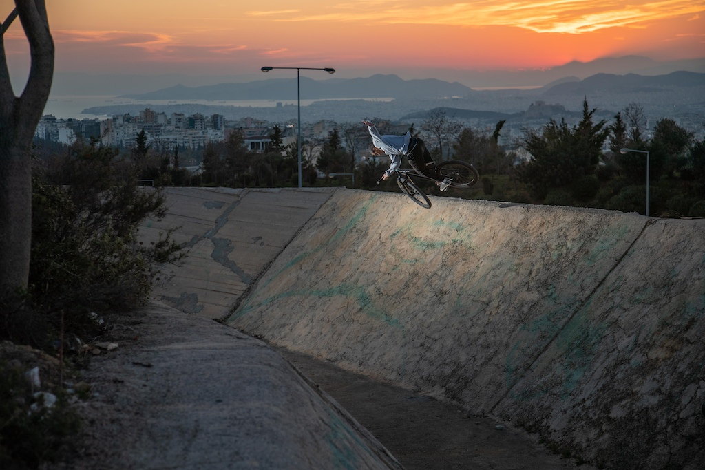 Giorgos Panagopoulos - Welcome to The Rise Photo by Ilias Mertis
