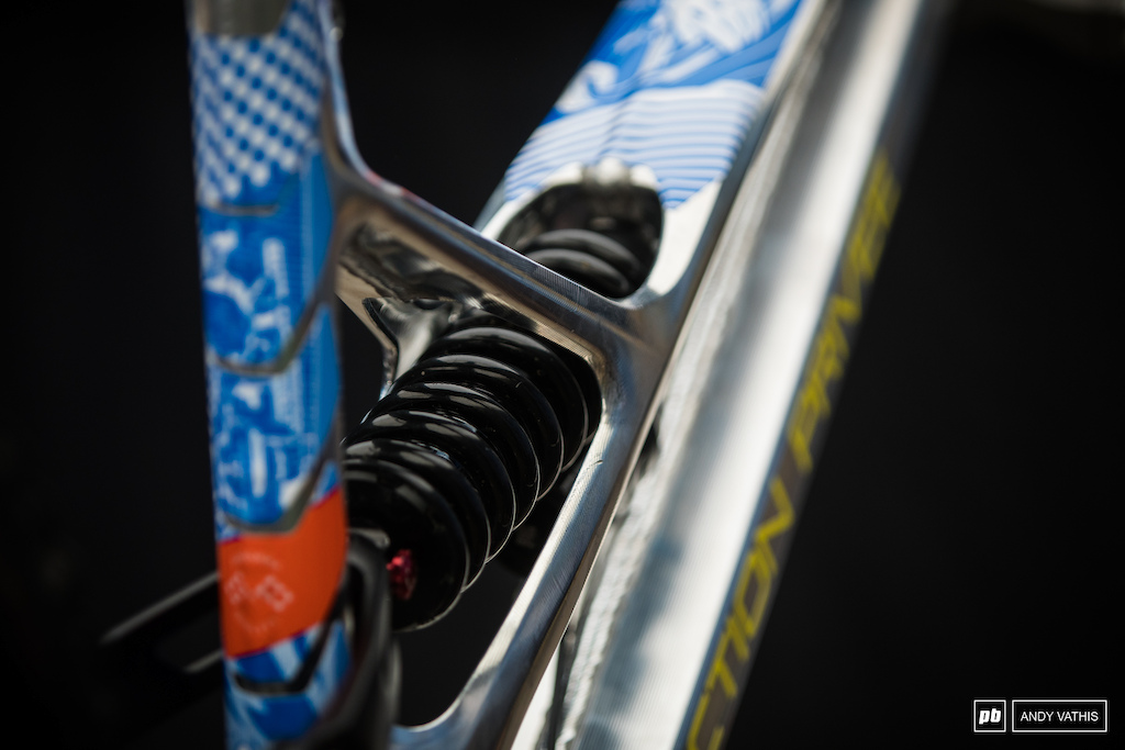 Details of the rear shock hole coming through the top tube on the Production Priv e.