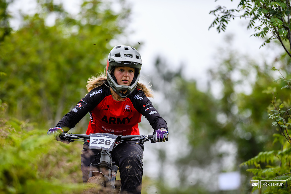 plenty of armed service riders out sending whihc is alwaysz amazing to see Emily Smith on her way to 2nd in the 30-39 field