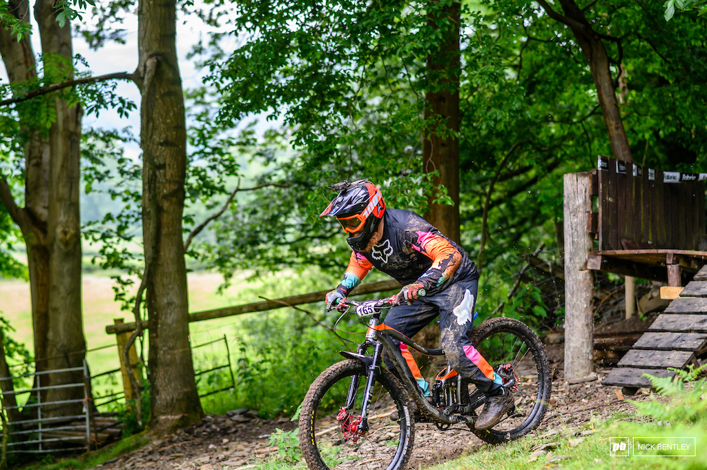 you know its not been a good run when you come down covered in mud and your fork is round the wrong way. a tough day on the hill for Vit Onodi who sadly didn t manage to finish all 3 stages but does get man points for sending it to flat with his forks the wrong way round