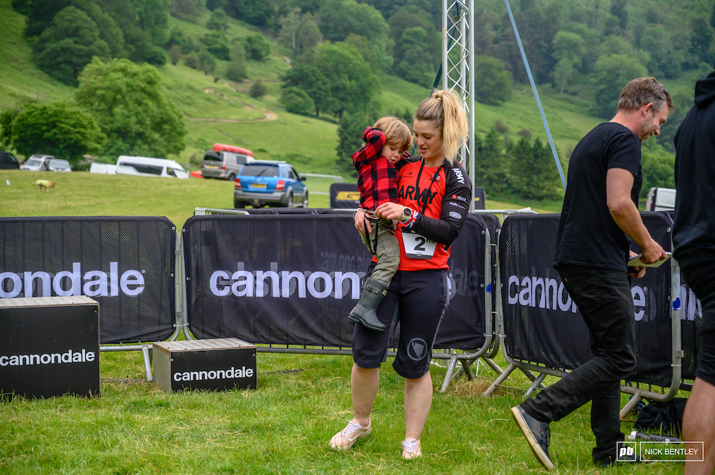 another forces rider this tiem Emily Smith celebrating her 2nd place finish in the women s 30-39 field with her son its always good to see family s out racing.