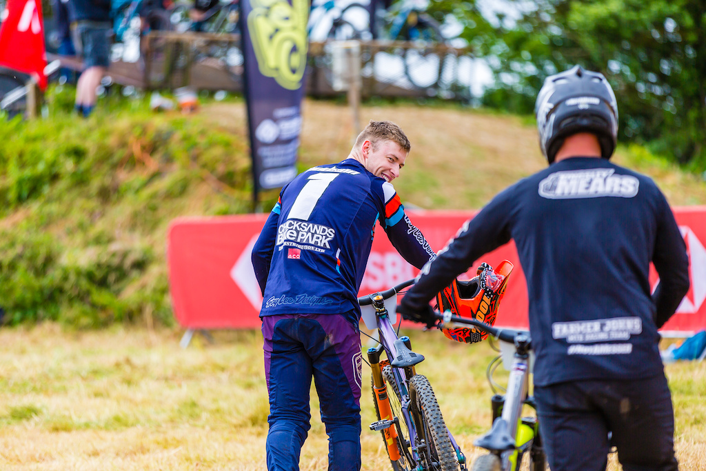 The Elite Men s field saw the return of the 2019 National Series Champion Connor Hudson after he missed the opening rounds.