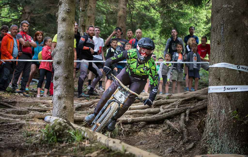 Luka Berginc of KK rn trn Blackthorn at 2021 Downhill Sorica round 1 of Unior Downhill Cup and Slovenian National Championships race. Photo by Marko Obid.