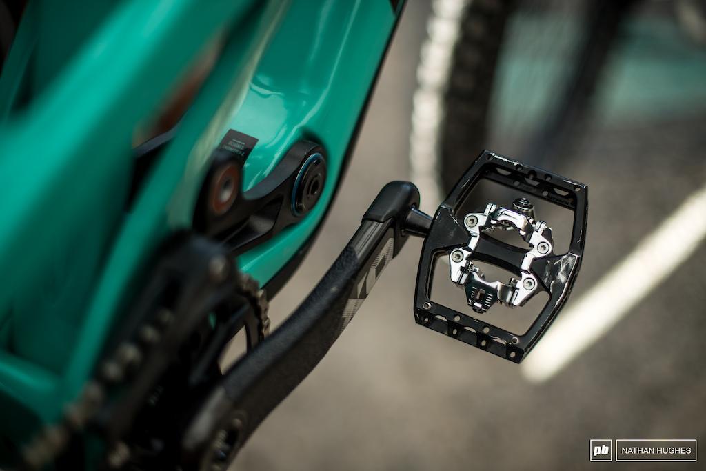 New Sixpack clip pedals.