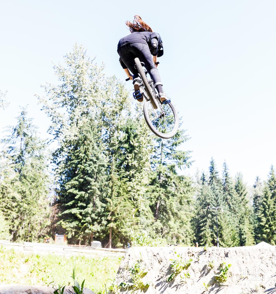 WFMBike dirt jump clinic Photographer Ronia Nash