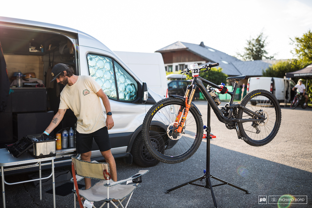 With 350 riders on the list there was a few pro riders and a lot of privateers this week-end.