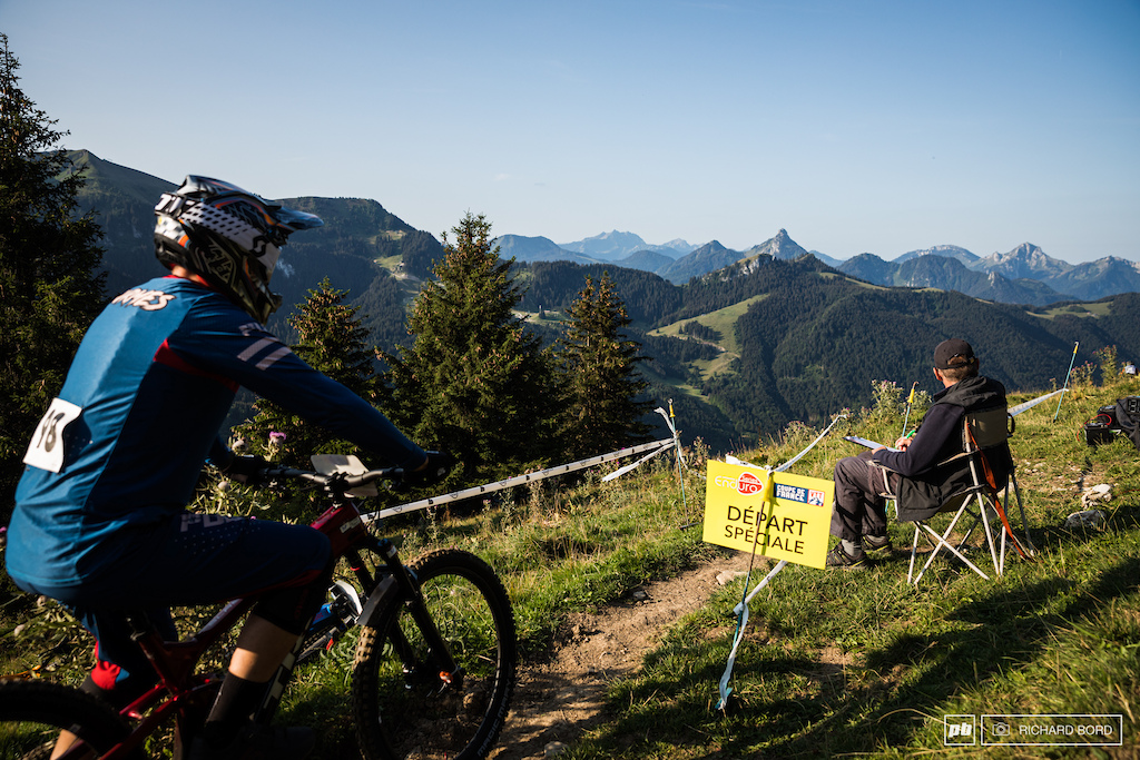 How to proper start a good race week-end With this kind of view for the 1st stage