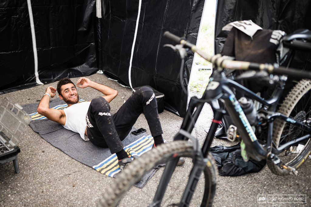 Kevin Marry chilling between 2 stages.