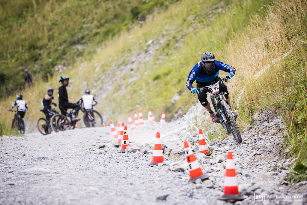 While some are going down full gaz on Stage 3 E-MTB racers pedal up to the top.