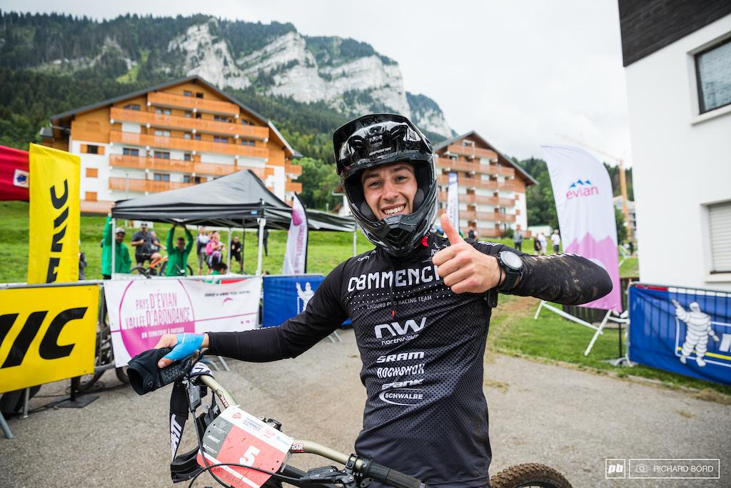 Alex Rudeau s big smile after his win.
