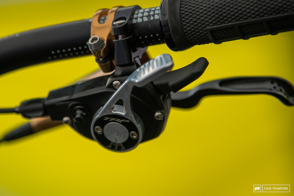 Greg Williamson s Commencal is sporting and adjustable lever on the new TRP shifter