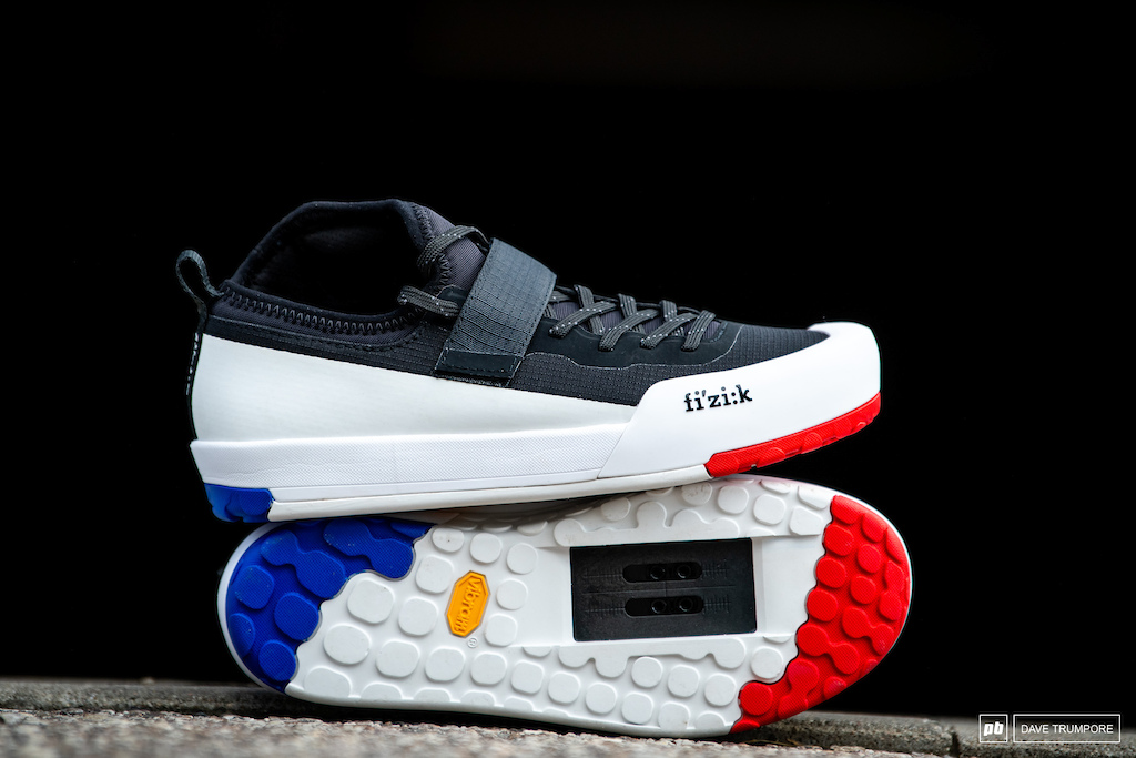 Some bits get made with a hope and a dream of being raced at World Champs but never see the light of day if a rider gets injured mid-season. Hugo Frixtalon s very French shoes are a great example of this