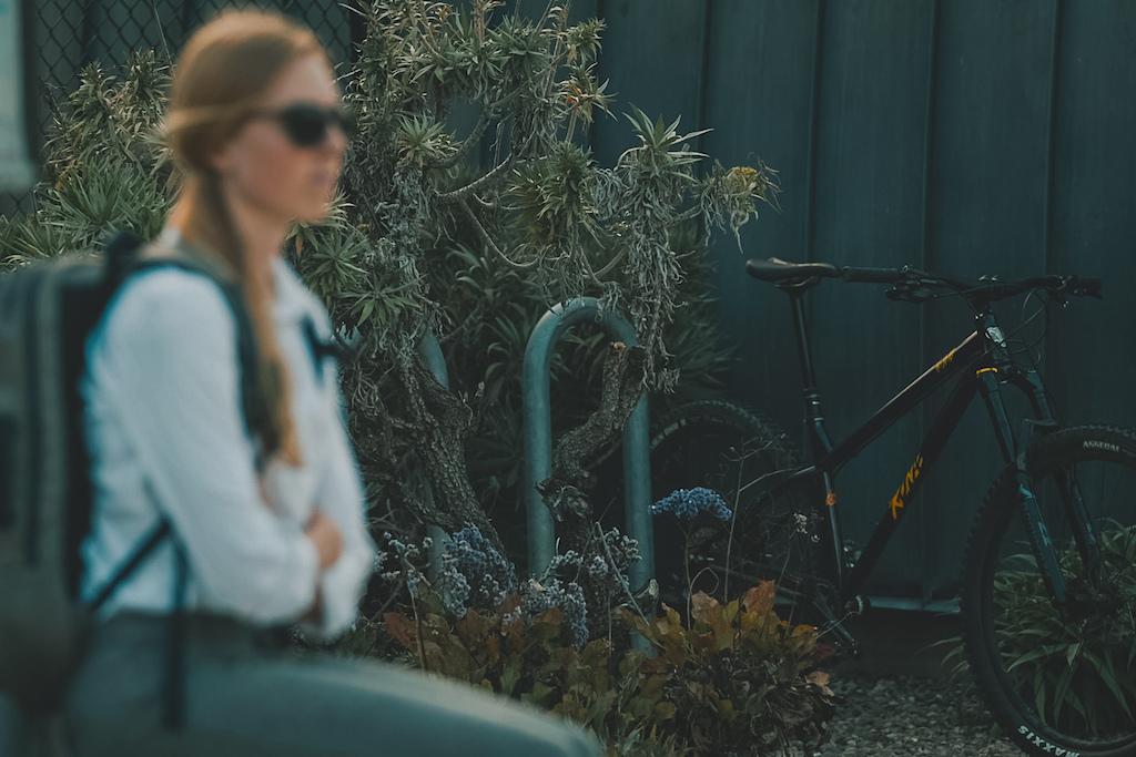 Leah Lind-White rides the Honzo ESD