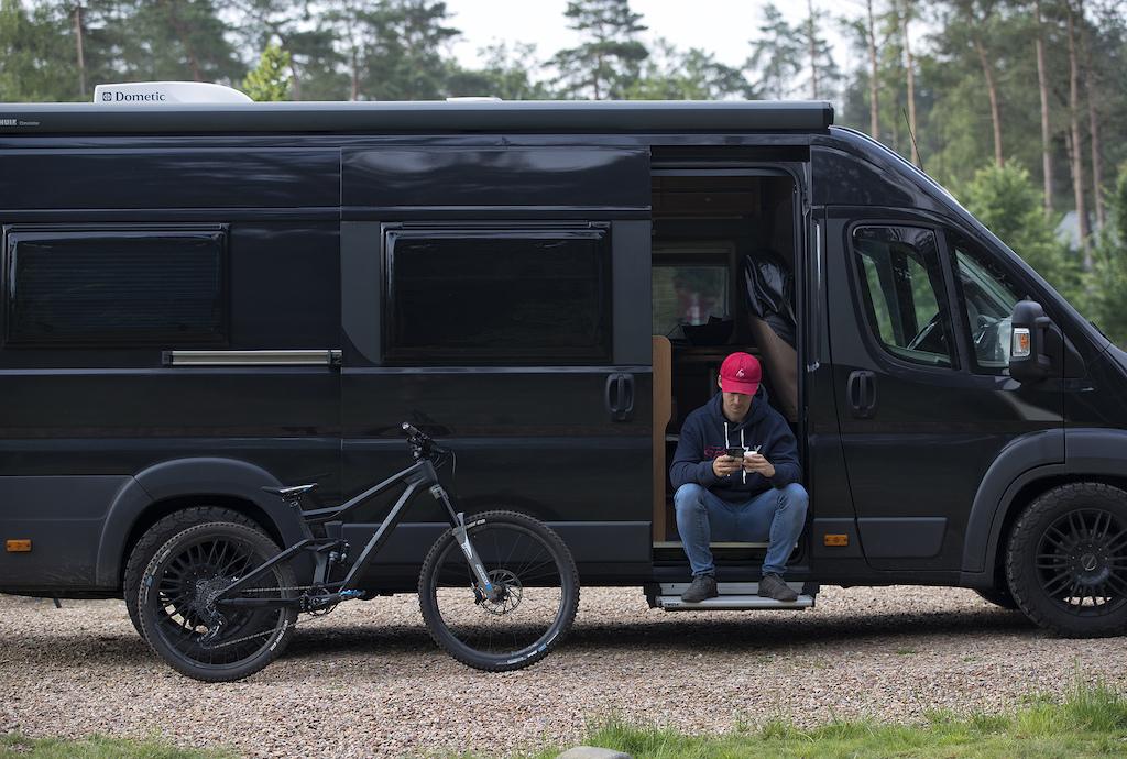 Niels Bensink Radon Bikes photoshoot - July 2021