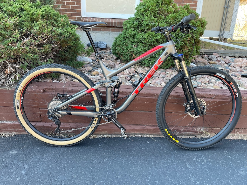 Trek Fuel build for some more downcountry intentions