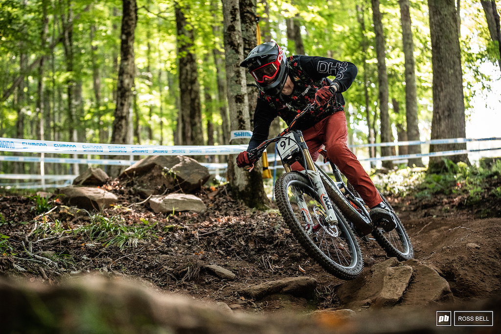 Ben Cathro doing the business at World Cups! 44th and into the big show despite getting held up towards the bottom of the track.