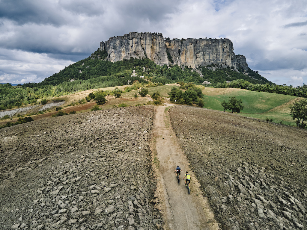 during Stage 7 of the 2021 Appenninica MTB from Castelnovo ne Monti to Castelnovo ne Monti Emilia Romagna Italy on 18 September 2021. Photo by Francesco Narcisi. PLEASE ENSURE THE APPROPRIATE CREDIT IS GIVEN TO THE PHOTOGRAPHER.