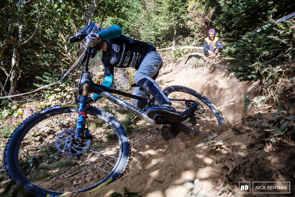 Despite being September in Wales the sun was out and the riders were having tonnes of fun on this classic UK DH Track