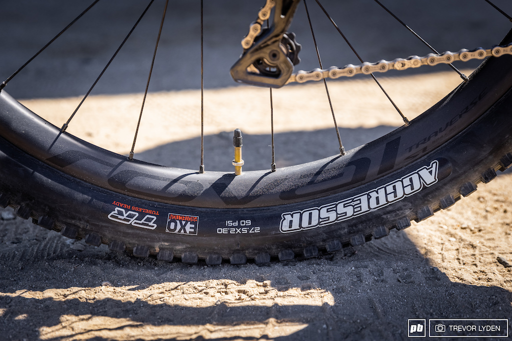 Roval carbon hoops in 650b wrapped in a Maxxis Aggressor tire. No CushCore is a change from his usual enduro setup.