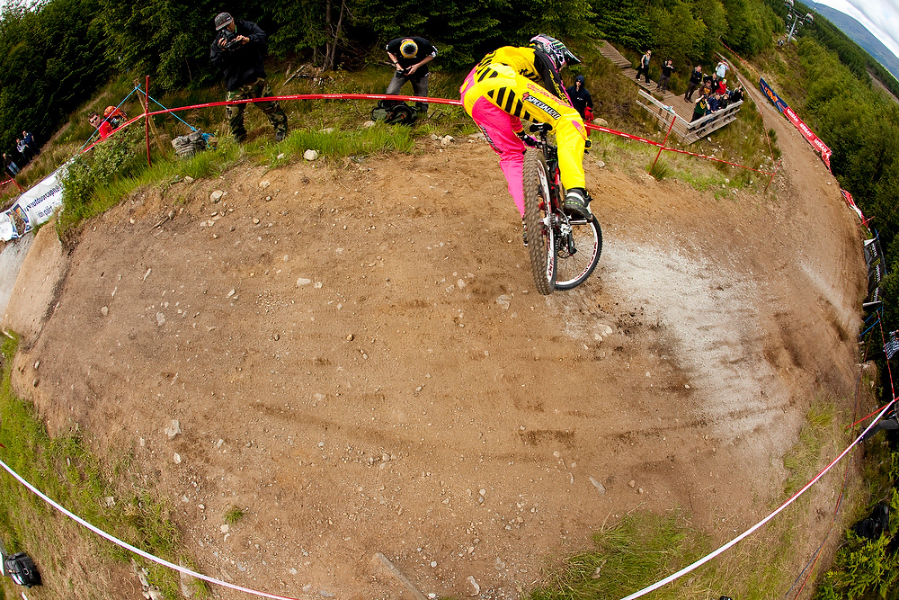 Sam Hill during 2009 Ft Bill UCI World Cup. Dirt Magazine SNAP shot.