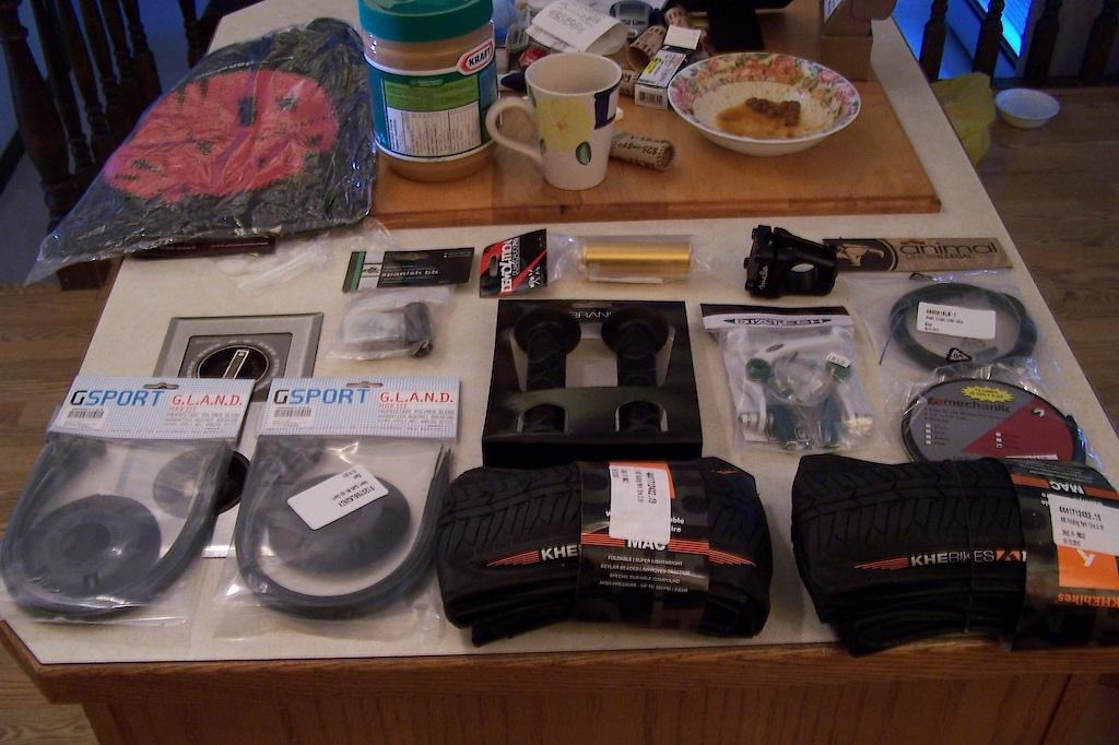 Parts for The NS CAPITAL! Mac 2 tires, demolition PLEG, Seulo Flatland 32mm stem, Mac 2 Tires, Duo Homan Grips, DK Spanish BB, G sport Hub Gaurds, Mechanik Hollow-Trac Chain, Diatech U Brake, Animal Linear Cable.  STOKED
